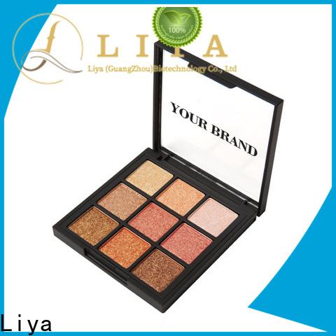 convenient eye shadow dealer for make beauty