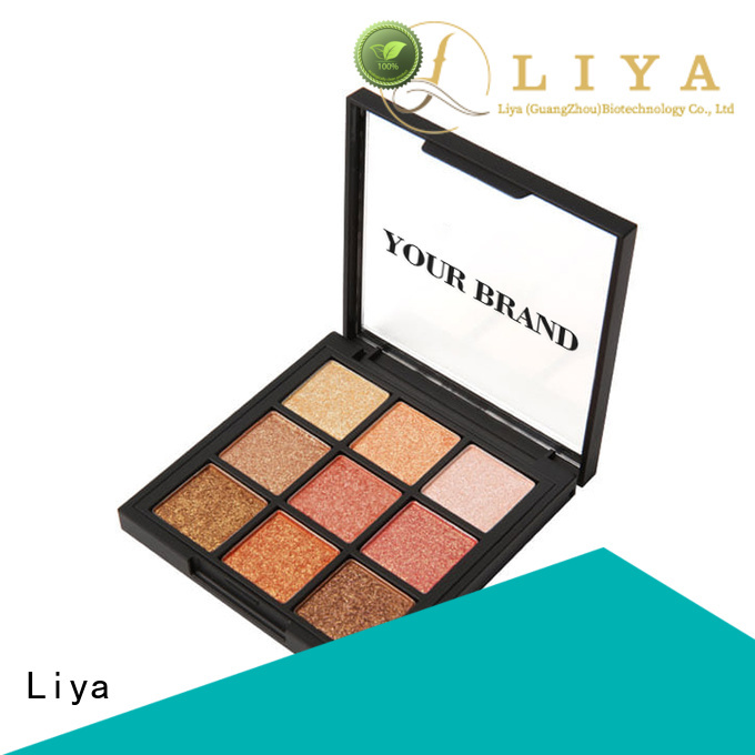Liya easy to use eyeshadow makeup needed for make beauty