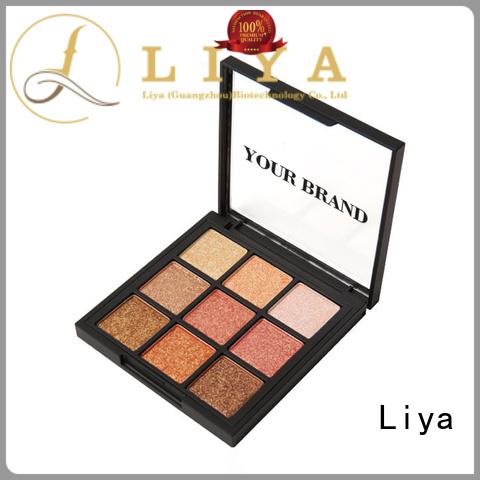 Liya eye shadow needed for make beauty