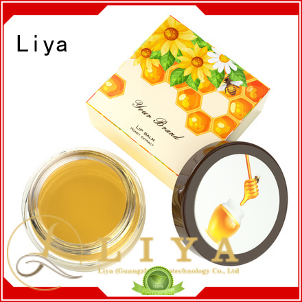 Liya beautiful best lipstick suitable for dress up