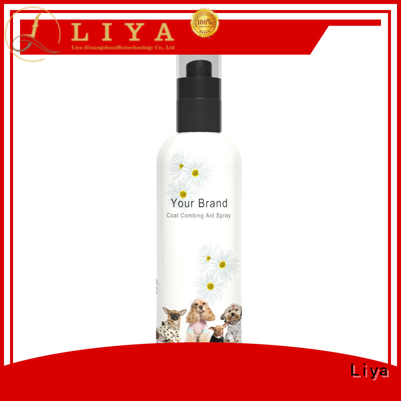 Liya pet paw cleaner popular for pet care
