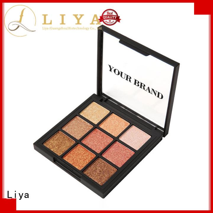 Liya eyeshadow makeup ideal for eye makeup